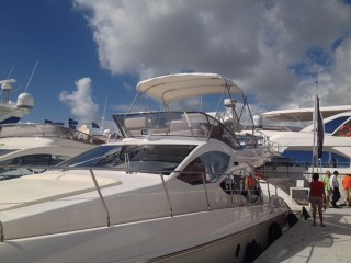 45 Azimut with Admiral Bimini