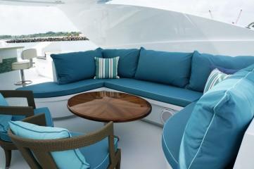 Flybridge Lounge Seating