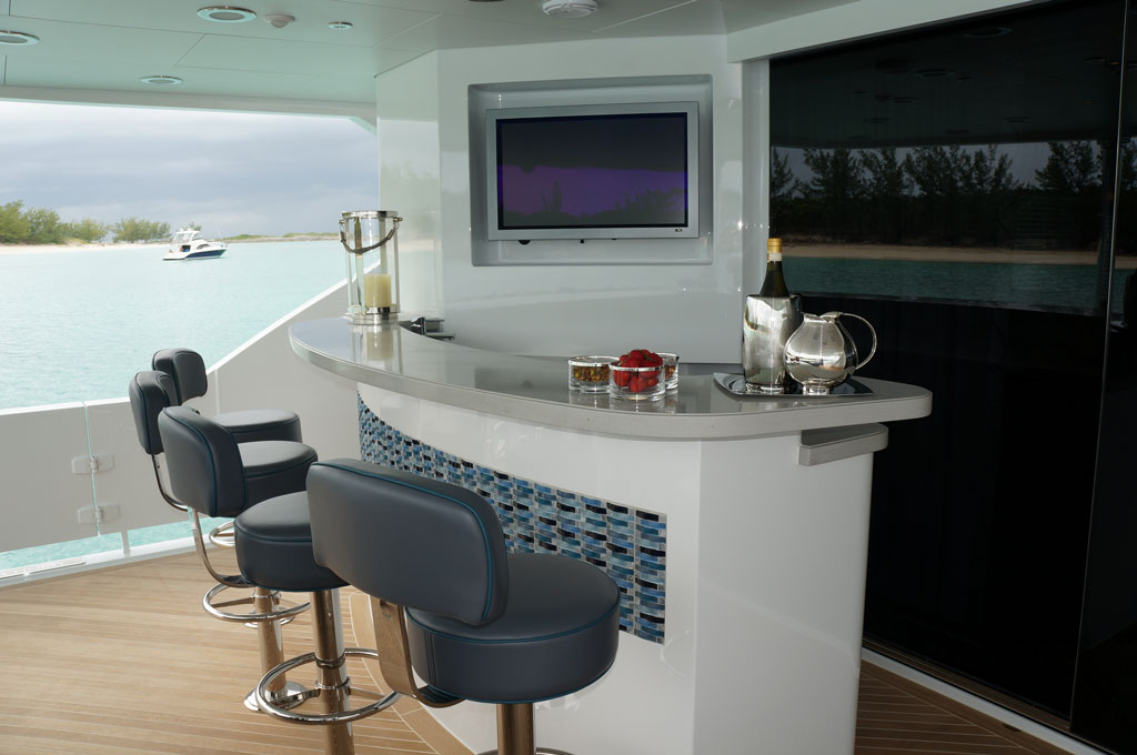 Trinity Yachts Delivers Finish Line Admiral Canvas